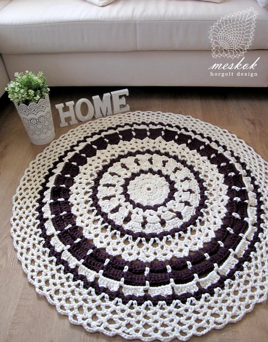 Pólófonal szőnyeg