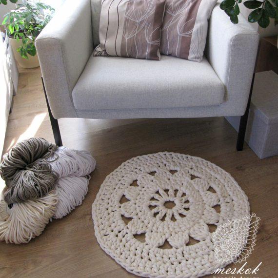 Napszemvirágos szőnyeg